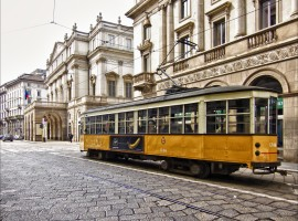 Milano, Teatro alla Scala, trasporto pubblico