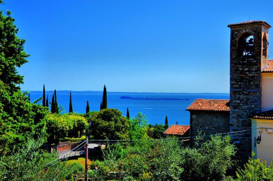 Casa Francesca, bed & breakfast ecologico con vista lago di Garda
