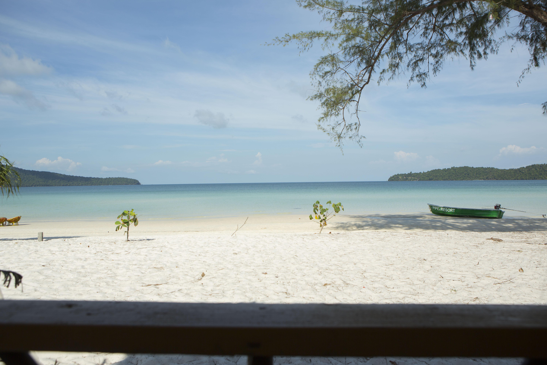 la spiaggia candida di Kho Rong Samloem, Cambogia