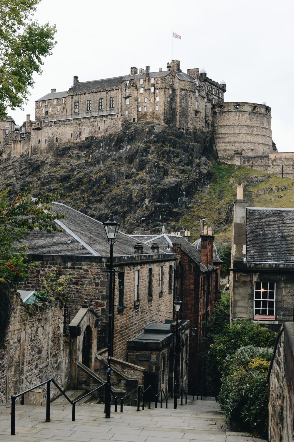 Edimburgo, città dal fascino malinconico, è la quinta capitale più pulita al mondo