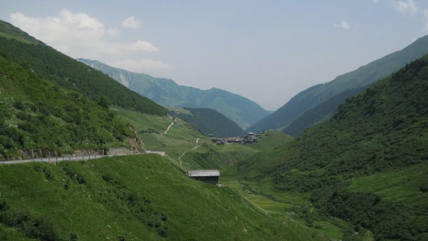 Una vacanza in auto elettrica tra le Perle Alpine