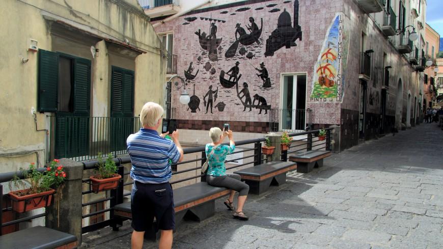 Viaggio tra i paesi dipinti d'Italia: Vietri sul Mare