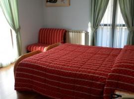 Un hotel sostenibile nel piccolo borgo medievale di Caderzone