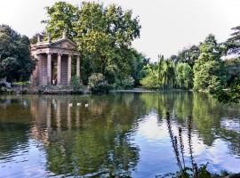 Parco del Valentino, Giardino del Lago con Tempio di Esculapio, Torino
