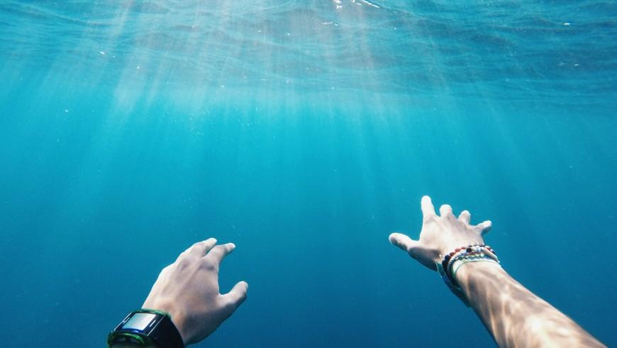 La tua crema solare entra direttamente in contatto con l'acqua