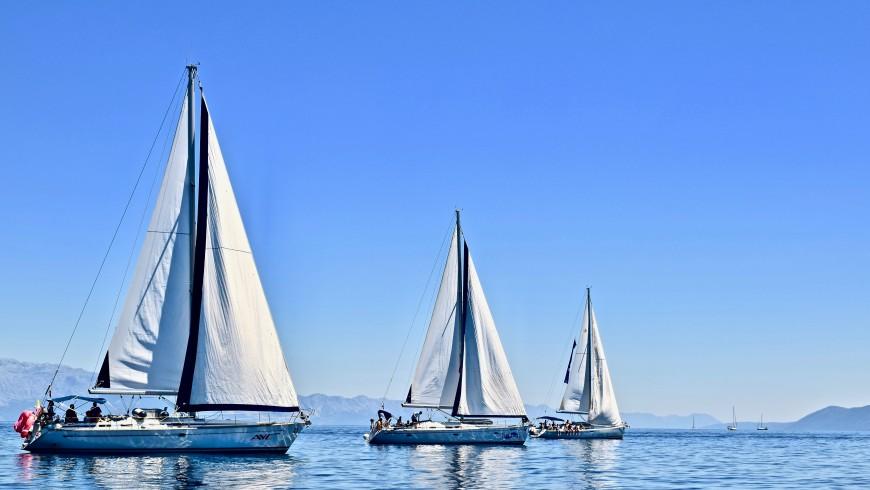 Barche a vela, il mezzo di trasporto ideale e sostenibile per la tua vacanza in barca