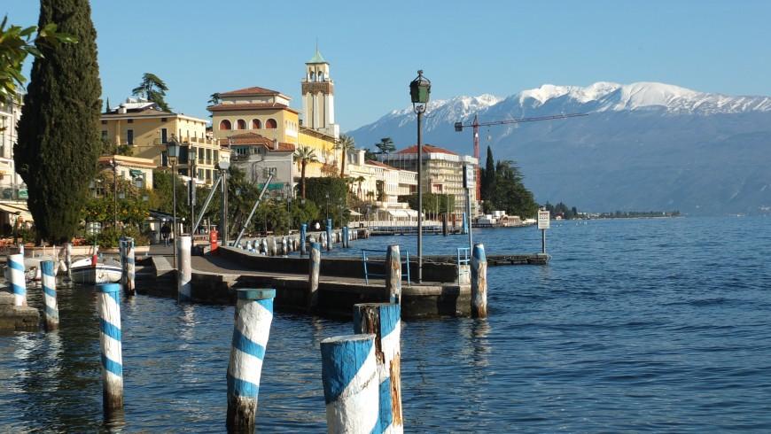 Gardone, Lago di Garda, lungolago