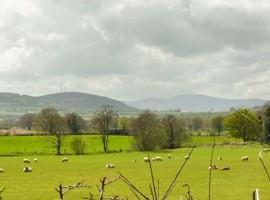 Paesaggio da Cluain Cottage, alloggi verdi