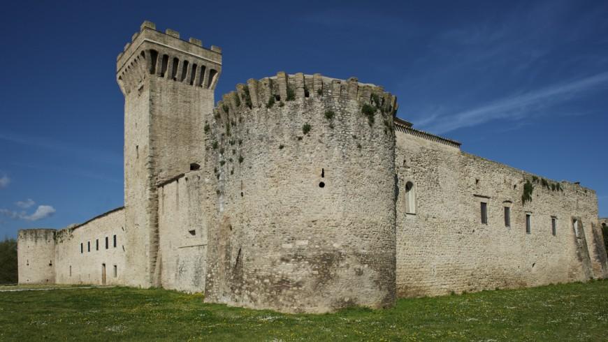 Dormire in un vero castello, qui si può: Albergo Diffuso Torre della Botonta, Castel Ritaldi, Perugia
