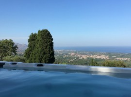 Stupenda vista mare dall'alto dell'Etna - BagolArea EcoFarm