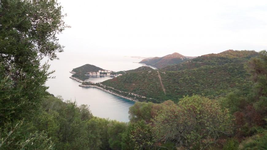 Lastovo, isola verde e incontaminata, raggiungibile in traghetto da Spalato.