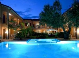 Piscina di sera, Villa Andrea, Marina di Camerota