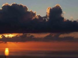 Ammira il tramonto sul mare dalla Tenuta Borgia