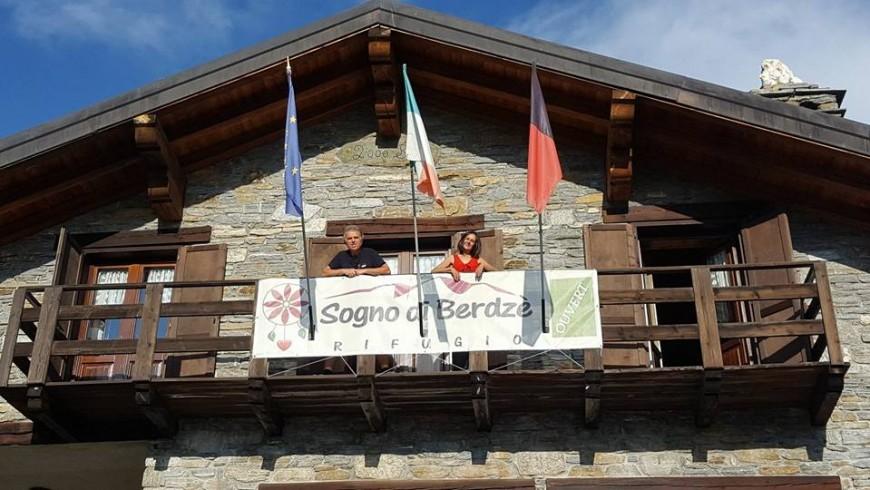 Roberto e Guela al Rifugio Sogno di Berdzè.
