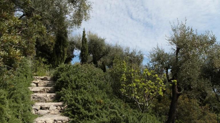Liguria: benessere a picco sul mare
