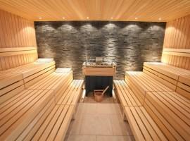 Sauna di una struttura ecosostenibile a Bled, perfetta per una vacanza benessere ad alta quota