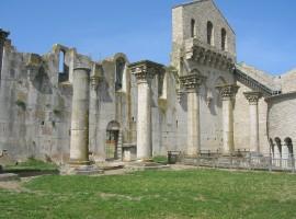 Venosa, Chiesa Incompiuta, vicina alll'eco bnb Il Querceto