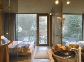 Gli interni di Ortnesia, struttura in Slovenia che mette a disposizione appartamenti ecologici