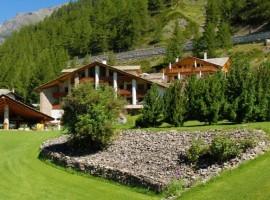 Eco wellness hotel Notre maison: una perla alpina immersa nella natura