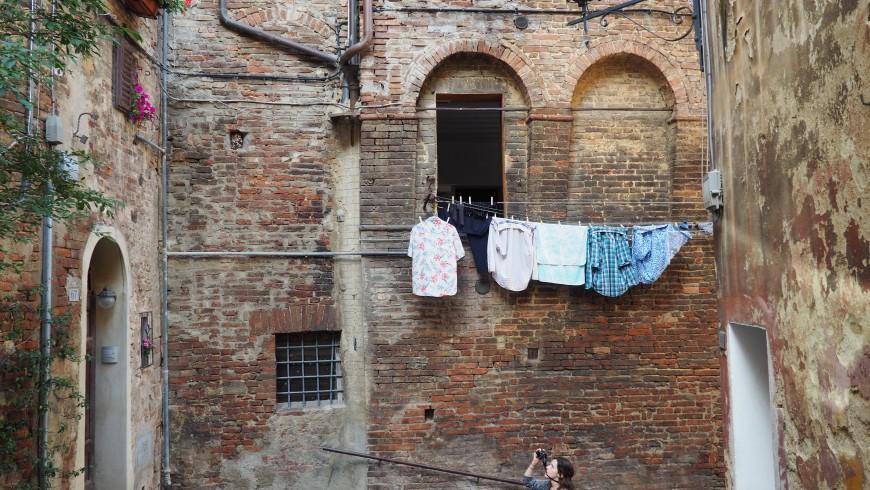 Camminare vicino a Siena