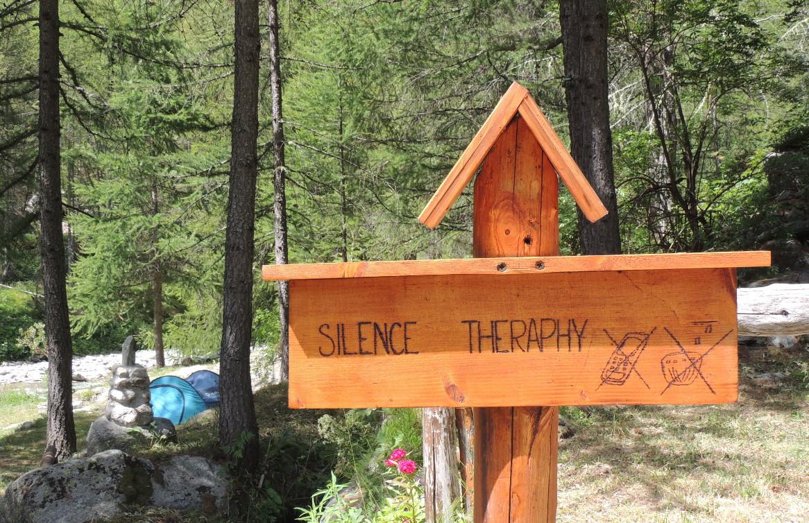 Silence Theraphy vicino al fiume, al Camping Piccolo Paradiso