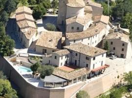 Casa Oliva, in un affascinante borgo medioevale
