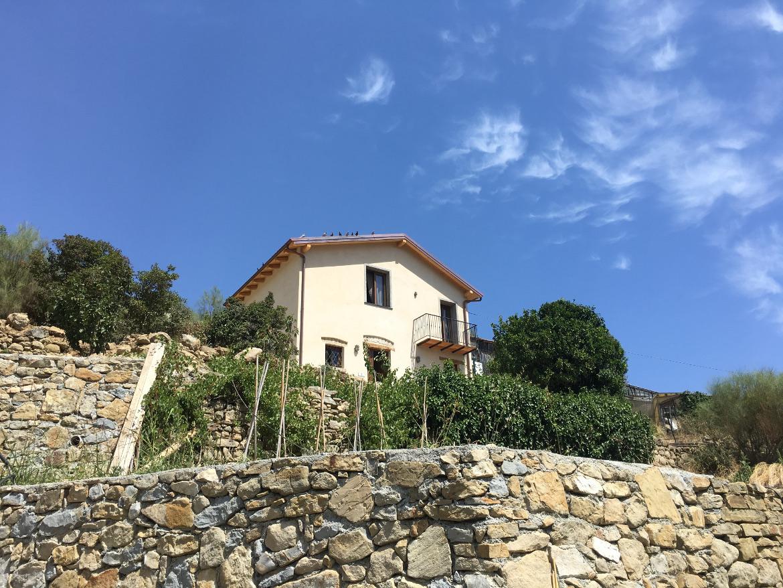 Guest house eco-friendly con vista mare tra le colline di Bordighera, Liguria