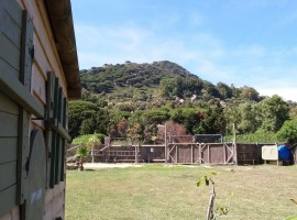 Eco-glamping dove puoi vivere off-grid, tra l'oceano e la campagna Andalusa