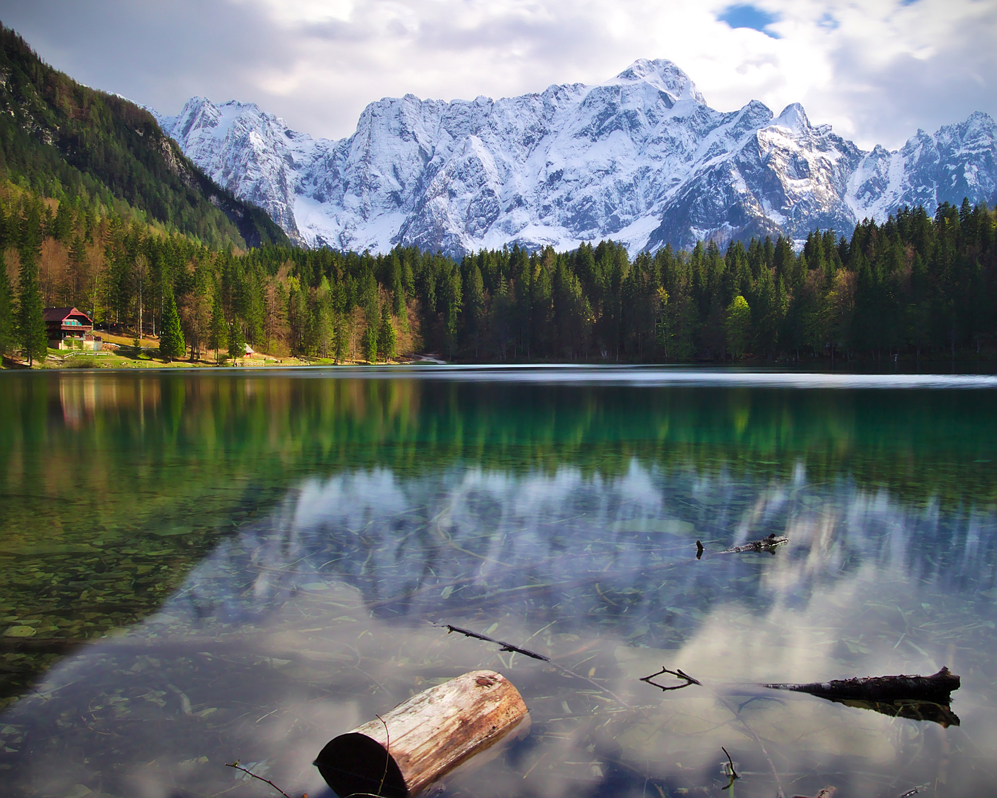 Lake Fusine, no borders music festival