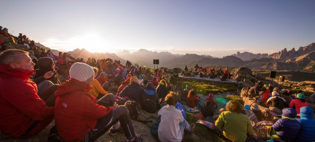 Music in the Mountains, Suoni delle Dolomiti