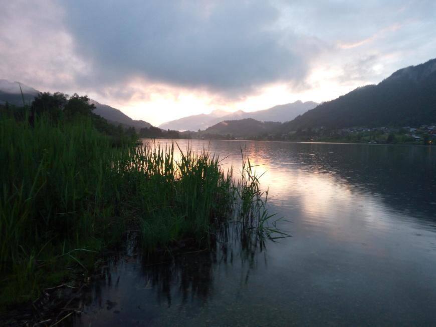 Tramonto sul Lago di Weissensee, Carinzia, Austria
