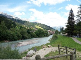Discesa al fiume, vicino a Soraga