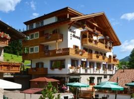 Hotel Monza, Moena