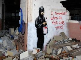 """La street art che migliora le nostre città: """"Mi ricordo quando era tutta campagna"""" di Banksy. Foto via Focus"""