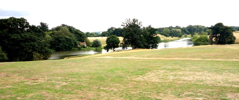 Alla scoperta dei giardini di Bowood: un tour in Bicicletta nel sud-ovest dell'Inghilterra