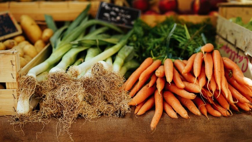 """Mercato contadino o """"farmer's market"""""""