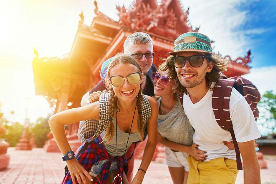 viaggiare e incontrare altre persone