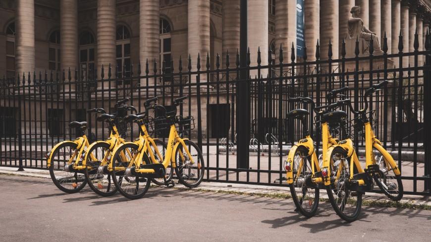 mobilità sostenibile: biciclette in bike sharing