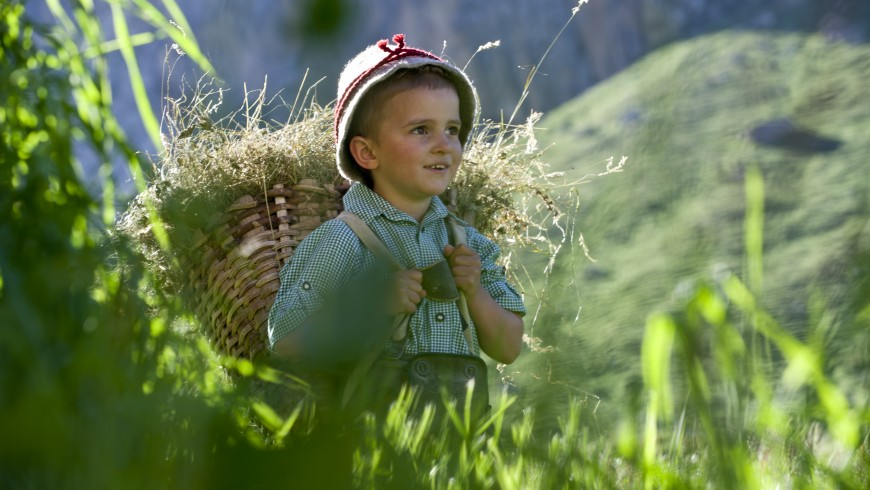 Bambino in Val di Funes