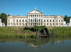 Villa Pisani sulla Riviera del Brenta