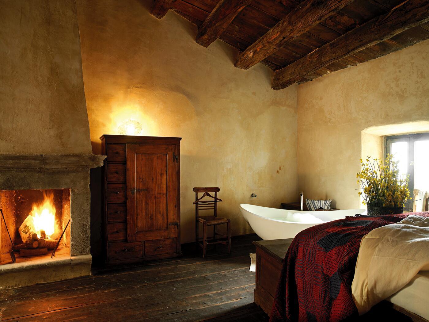 Camera dell'albergo diffuso di Sextantio, Abruzzo