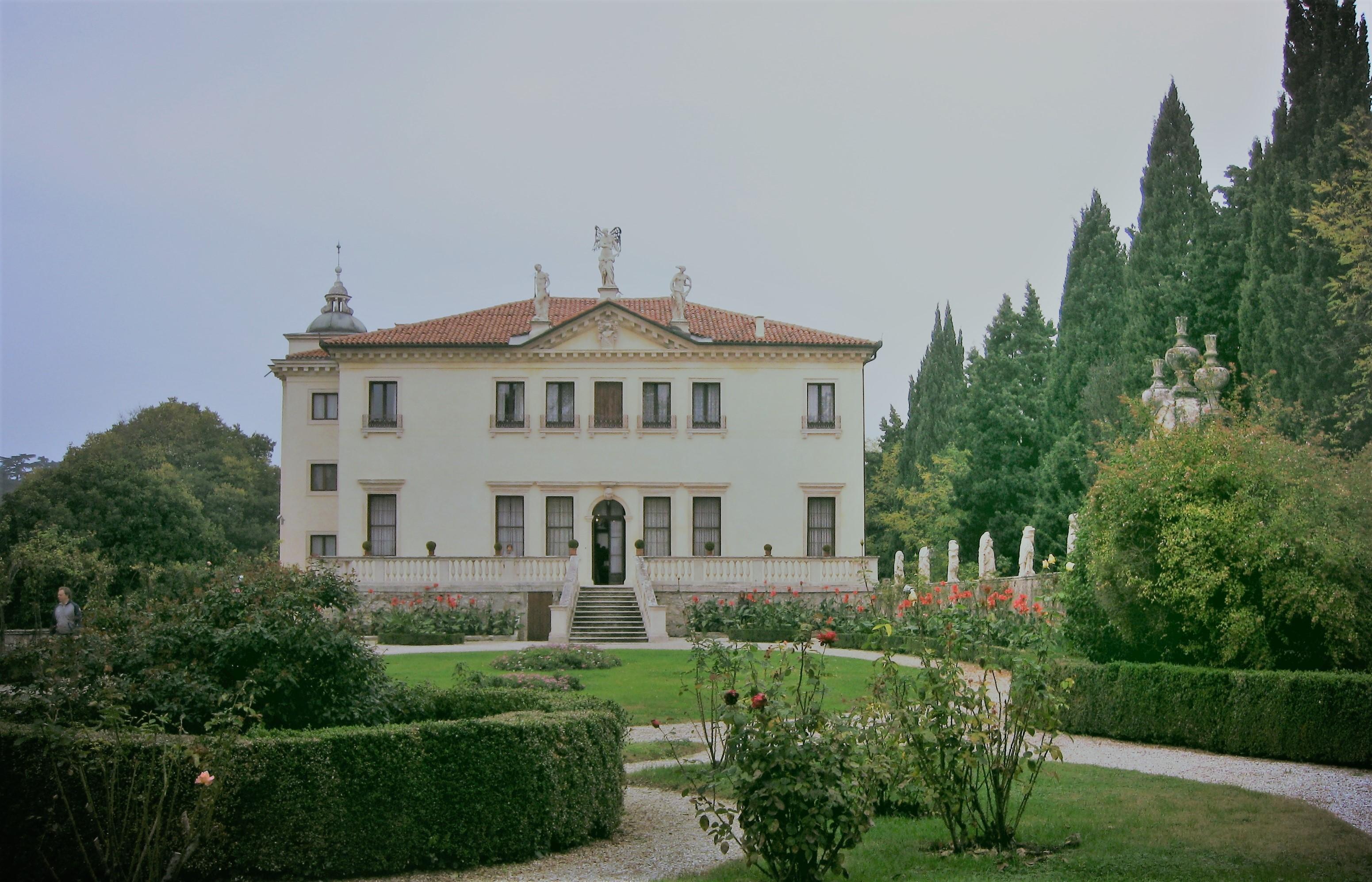"""Villa Valmarana """"Ai Nani"""""""