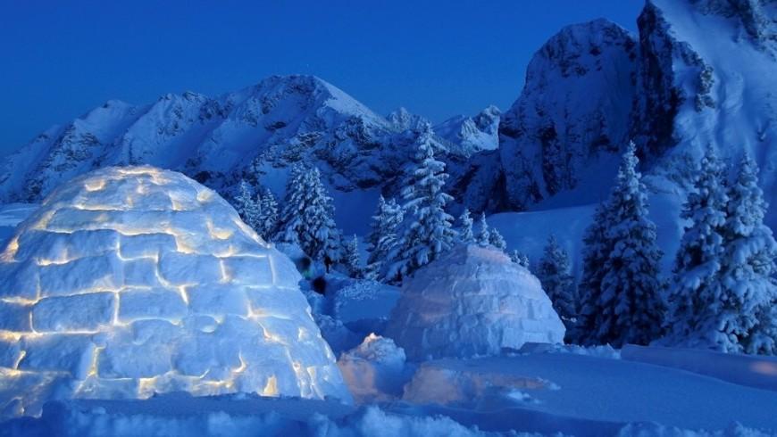 Un'esperienza sulla neve con notte in igloo
