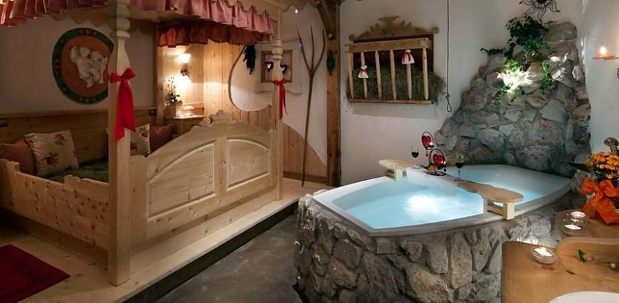 Hotel Al Sole: Bagni di fieno tra le Dolomiti