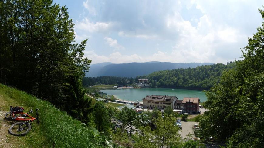 Il lago di Lavarone, Altipiani Cimbri