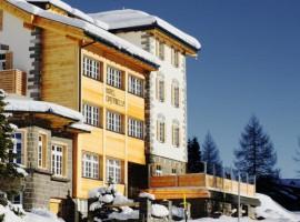 hotel green a Passo San Pellegrino, Moena