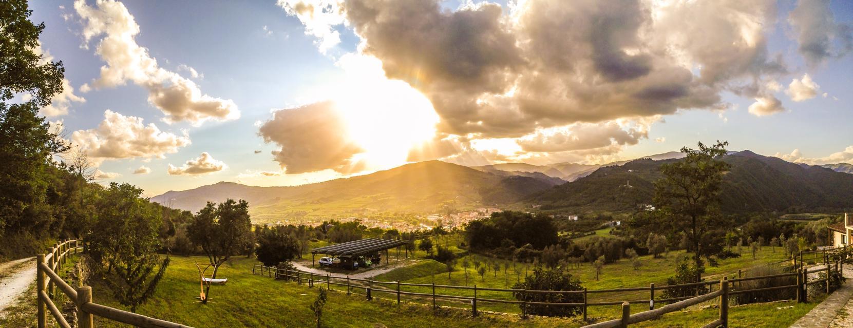 paesaggio del Chianti Rufina, dall'agriturismo La Fontaccia, vicino a Firenze