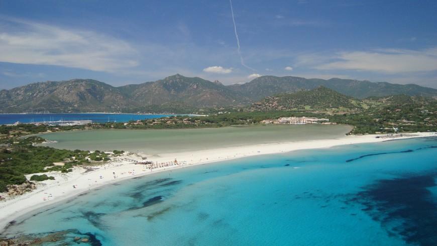 Villasimius, perla della Sardegna, tra le destinazioni per eco-viaggiatori