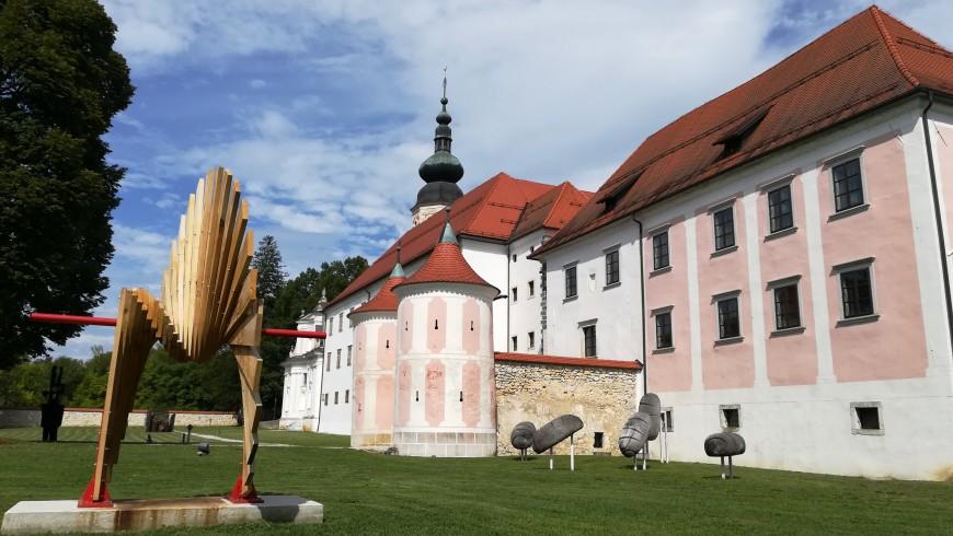 monsatero e centro culturale a Kostanjevica na Krki