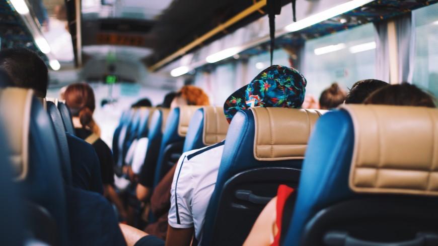 viaggiatore slow in bus